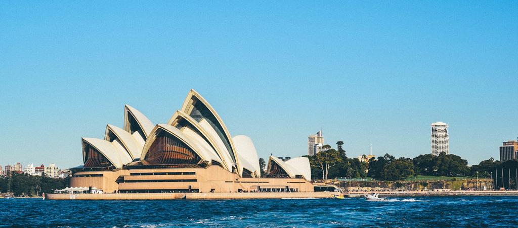 Phillip CFD Blog | Australia Banner